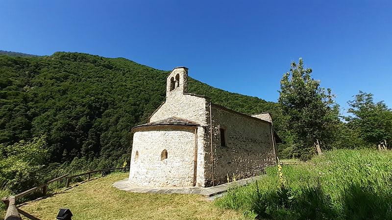 Chiesa di Macra